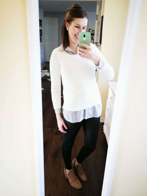 How to wear faux leather leggings. Business casual or classy errands outfit idea for winter or fall - Tunic button down + Pullover Sweater + Ankle Boots