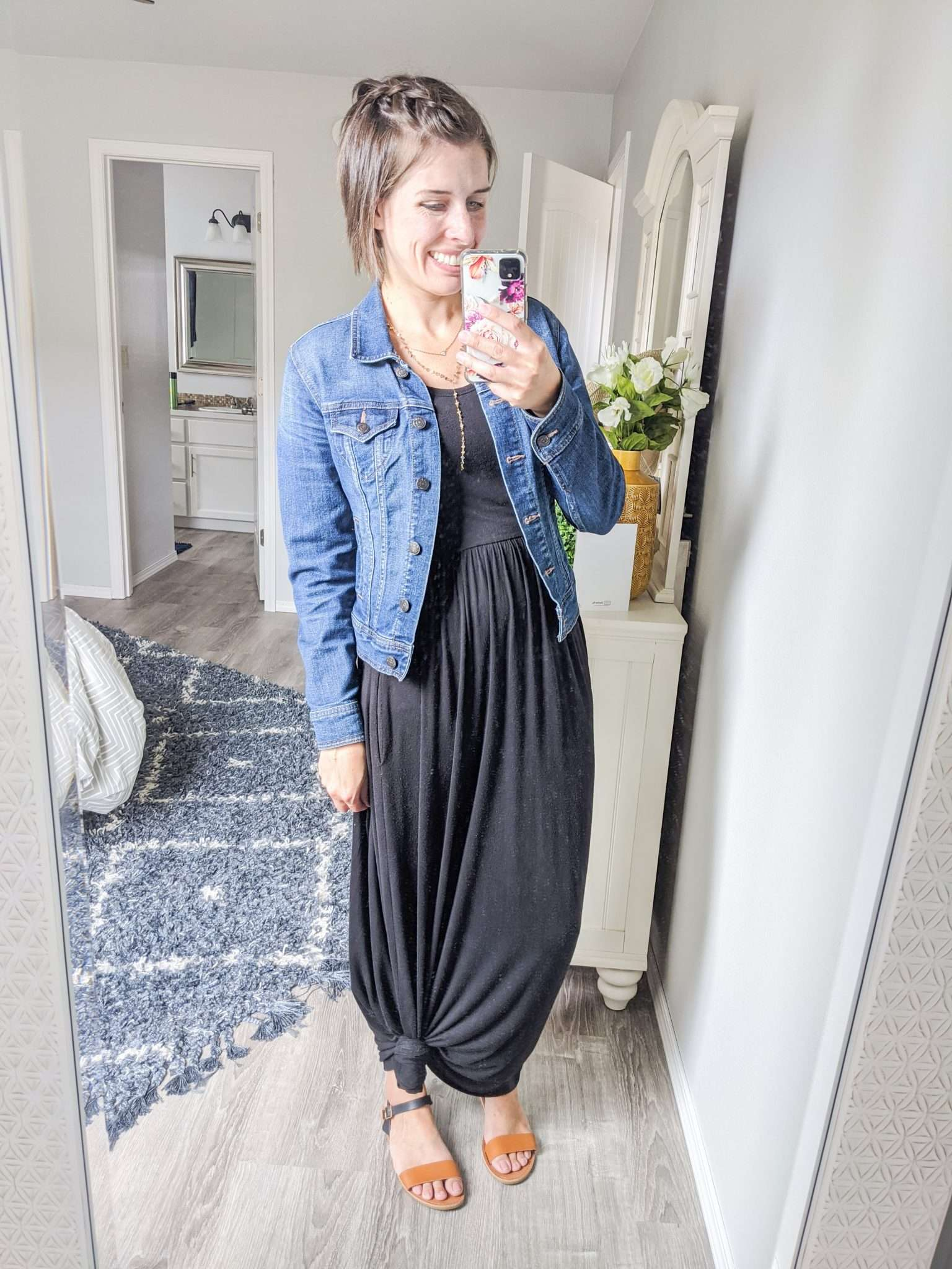 Summer to Fall transition outfits - How to transition summer clothes to fall- Use that maxi dress