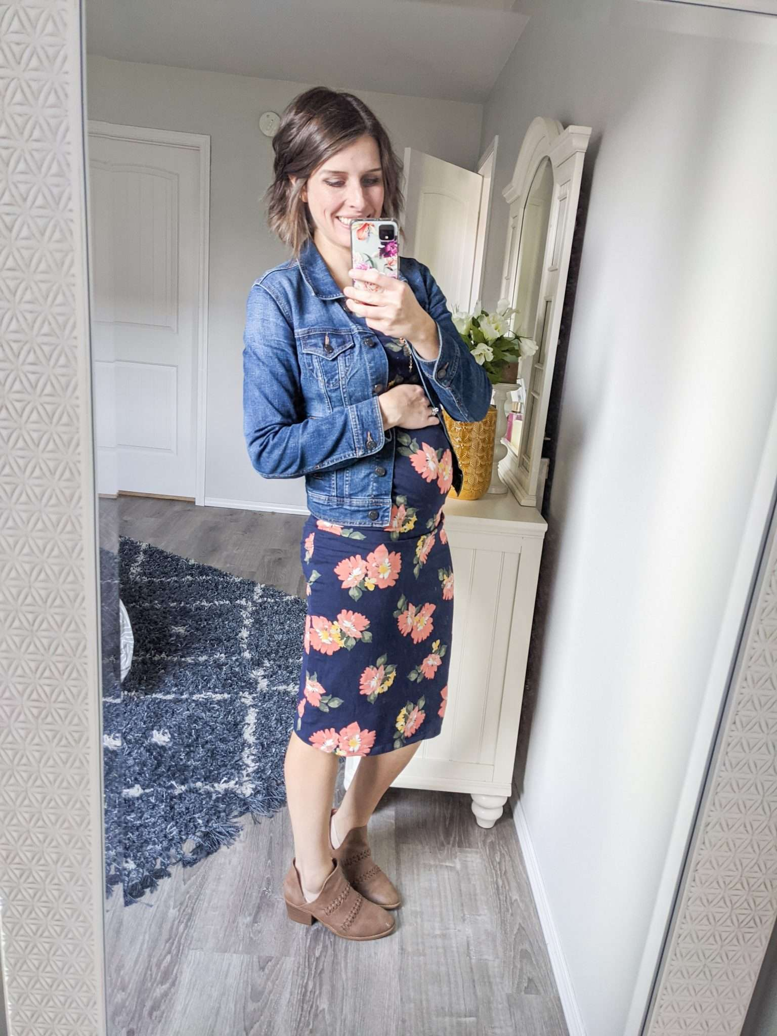 How to Put Together Complete Outfits from Your Maternity Capsule Wardrobe - What to wear when pregnant - What kind of clothes to wear during pregnancy (18)