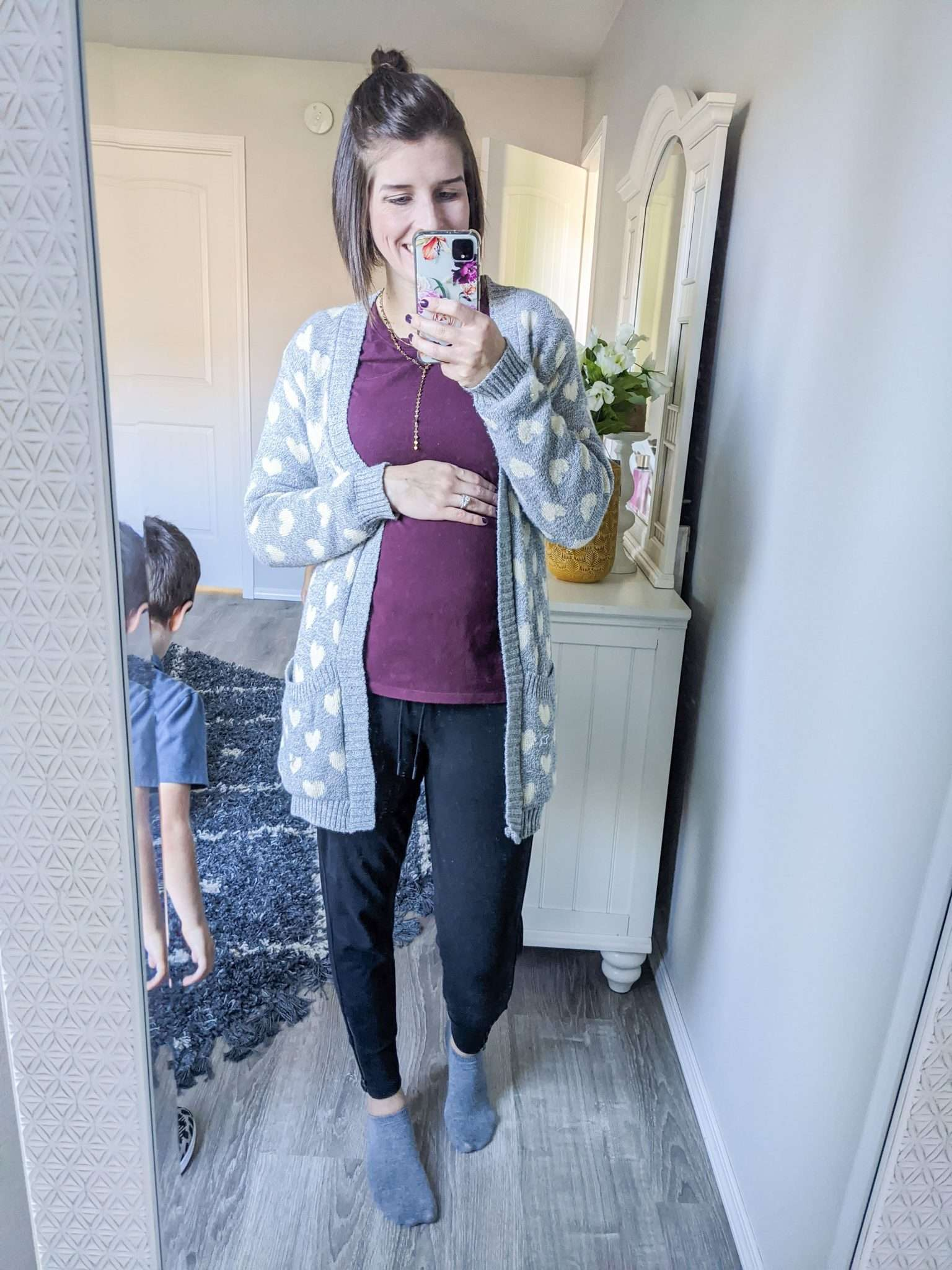 How to Put Together Complete Outfits from Your Maternity Capsule Wardrobe - What to wear when pregnant - What kind of clothes to wear during pregnancy (4)