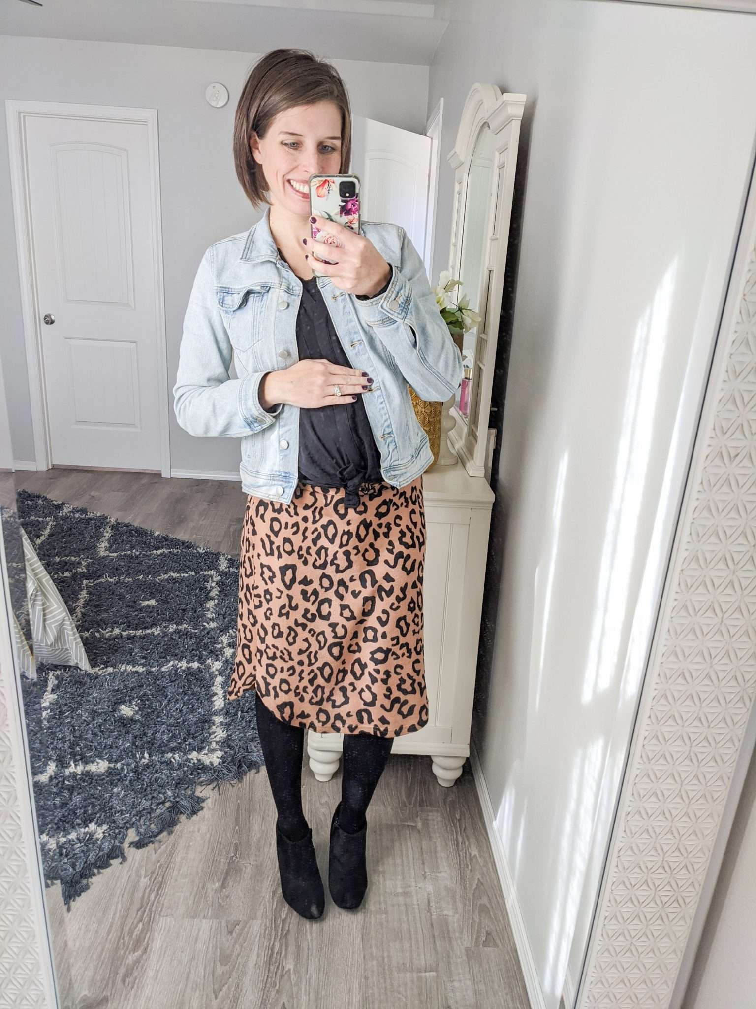 How to Put Together Complete Outfits from Your Maternity Capsule Wardrobe - What to wear when pregnant - What kind of clothes to wear during pregnancy (6)